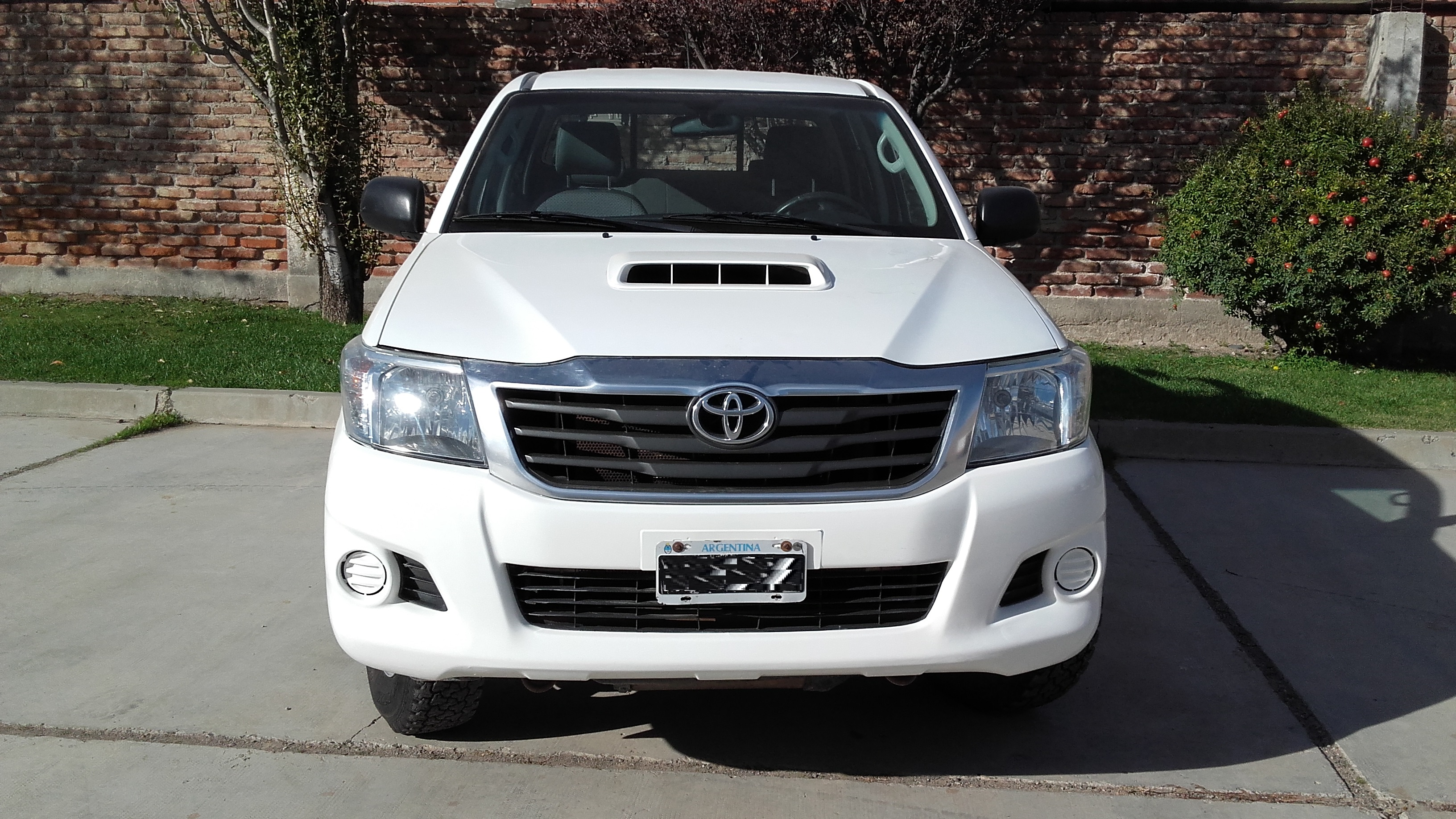 TOYOTA HILUX 2013, 4X2, DX PACK 2.5 DOBLE CABINA